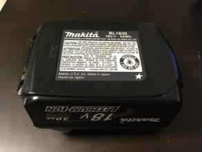 年末年始も大活躍! 一生使い続けたい家電「マキタの完全コードレス充電式クリーナー CL182FDZW」♪