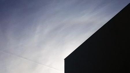 20161205飛行機雲とハロ