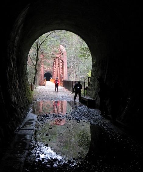 10 トンネルと鉄橋