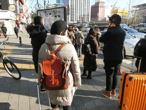 15 釜山駅前の横断歩道・交差点