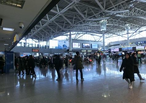 19 釜山駅の内部・コンコース
