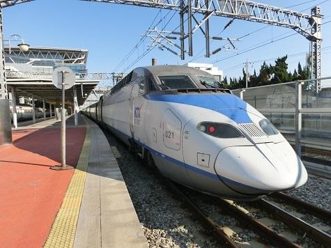 22 高速鉄道KTX車両