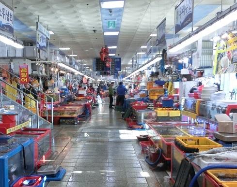 5 すごく広いチャガルチ市場