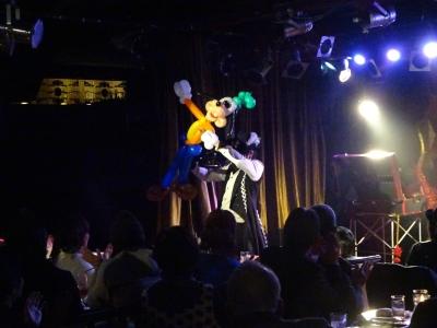 ベロニカマジックナイト,京橋駅,ステージショー,大阪,関西,バルーンパフォーマンス,バルーンパフォーマーアキ