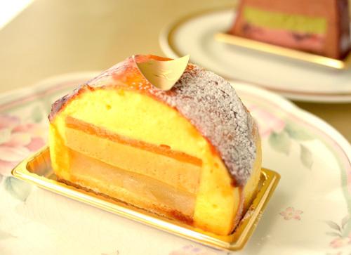 【ケーキ】カフェミクニズ「シブーストポワール」