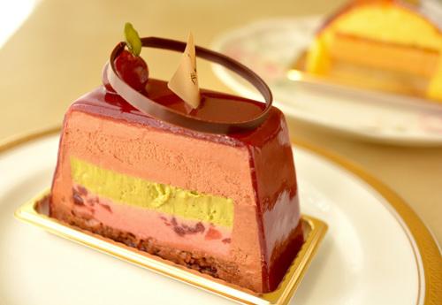 【ケーキ】カフェミクニズ「フォレノワール」