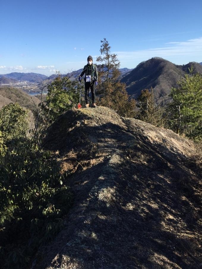 17-四方津御前山東方の岩稜帯 (680x907)