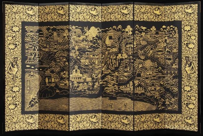 「世界一たくさんのビーズを使った平面のビーズ作品」としてギネス世界記録に認定された総ビーズ織り六曲屏風「鎌倉 世界遺産登録絵図」
