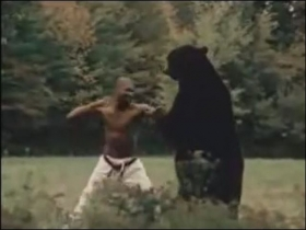 ウィリーvs熊