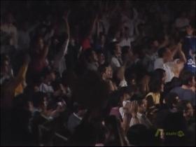 「延長!」に大興奮の田コロ観客席