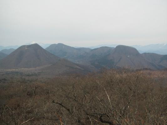 雄岳から眺める榛名山群