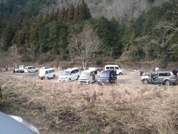片知川の河川敷
