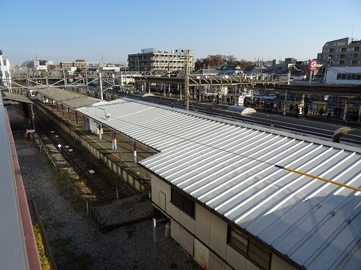 DSC08500馬橋駅屋根