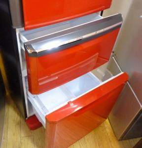 三菱冷蔵庫レッド3