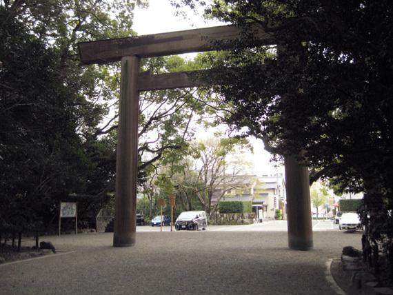 熱田神宮・日割御子神社01