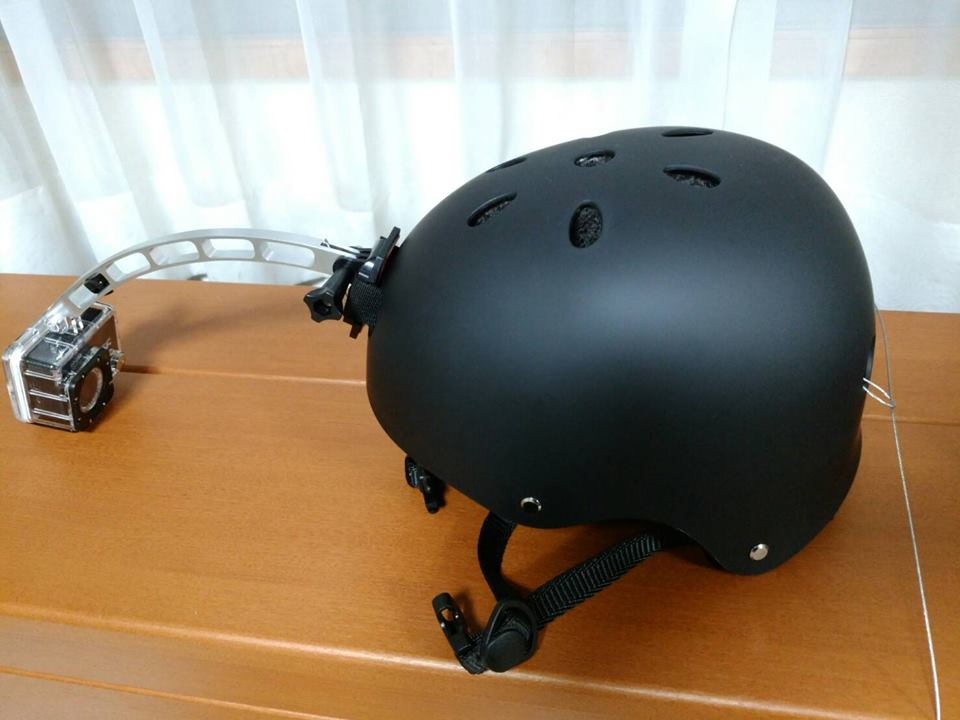 バンジーヘルメット