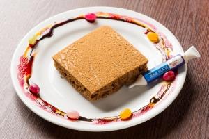 修正液でラクガキパンケーキ