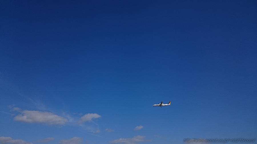 JAC DHC-8-402Q / JA842C@千里川土手