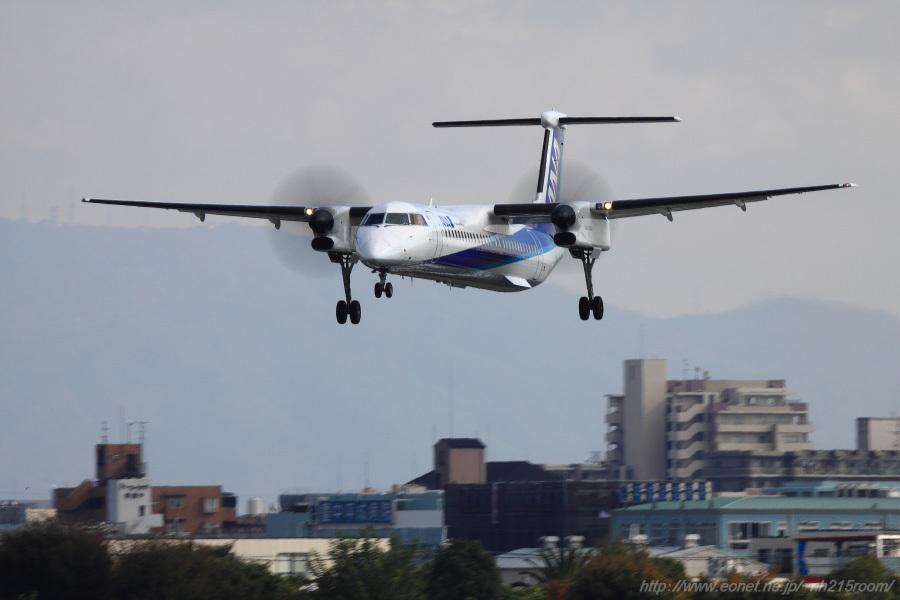 ANA WINGS DHC-8-402Q / JA841A@スカイランドHARADA