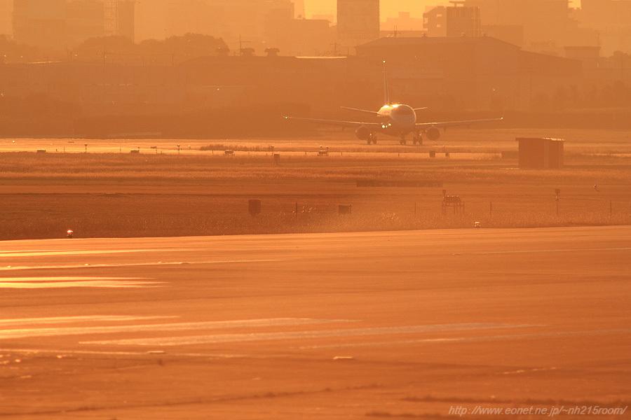 J-AIR ERJ-170STD / JA224J@RWY14Rエンド・猪名川土手