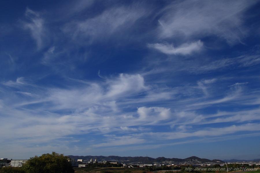 今日昼下がりの猪名川土手の空@伊丹リサイクルセンター周辺