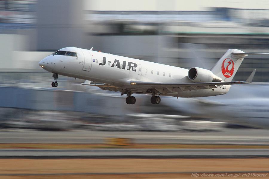 J-AIR CRJ-200ER / JA206J@猪名川土手