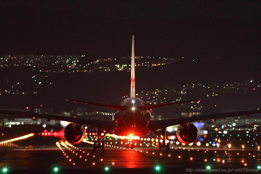JAL B777-246 / JA772J@千里川土手