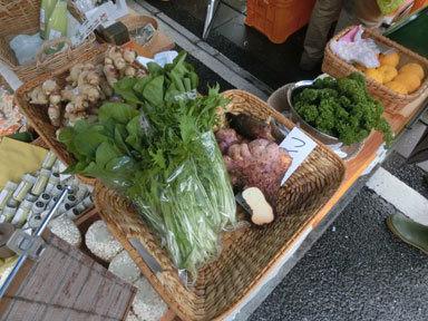 【出店者コラム】日曜市の蜂蜜&えのき茸屋「田所さん」がブログを更新しました。「11月27日(日曜日)」