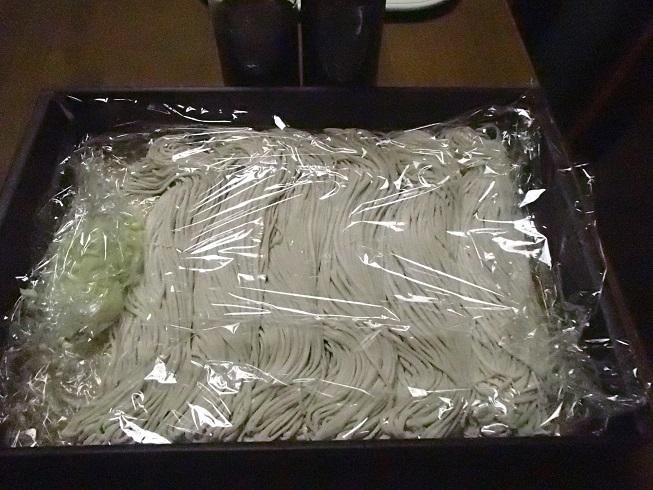2016 12 31 息子に持たせた蕎麦 ブログ用.jpg