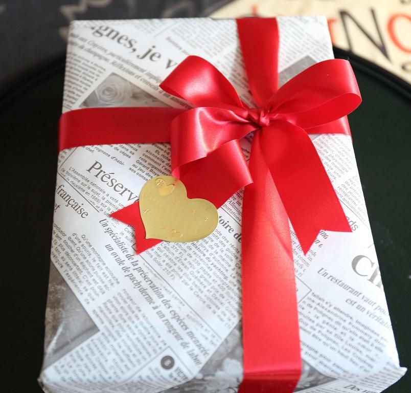 2017 2 14 バレンタイン(包装紙) ブログ用.jpg
