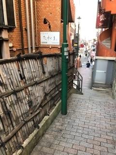 「相棒」小料理屋「花の里」撮影の場所 赤坂の福吉坂