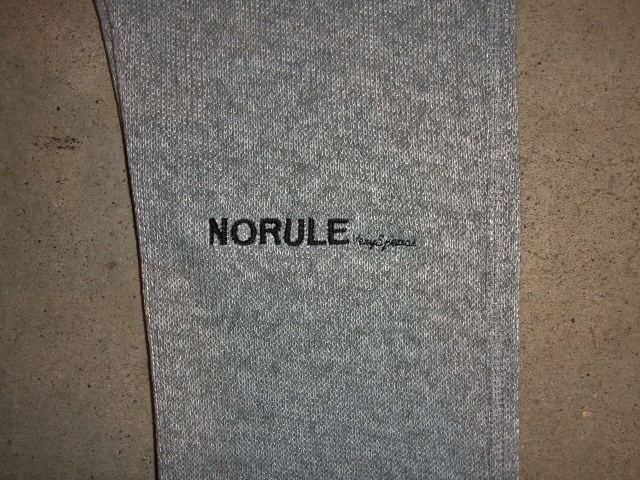 NORULE Knit fleece pants3