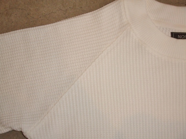 NORULE Heavy thermal mock neck trainer white ft4