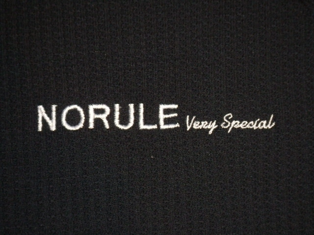 NORULE Heavy thermal mock neck trainer blak ft2
