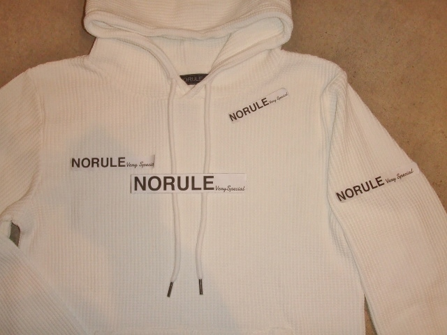 NORULE Heavy thermal Pullover parka white ft6