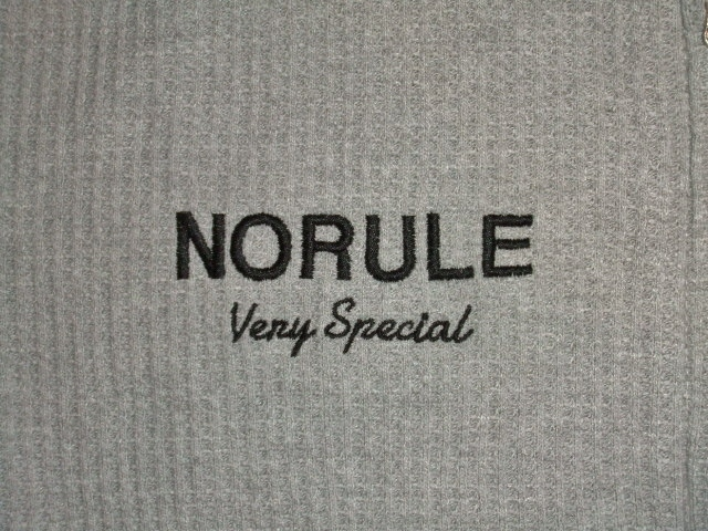 NORULE Heavy thermal zip parka gray ft3