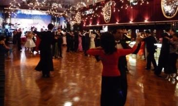 ダンスホール②
