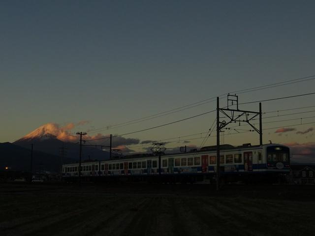 DSC08004-640.jpg