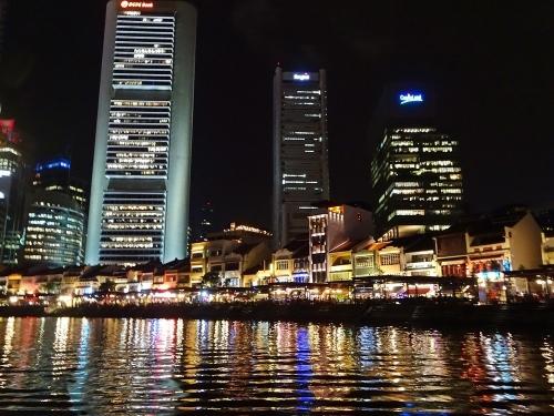シンガポールのクリスマスイルミを楽しむ・・・はずだった?