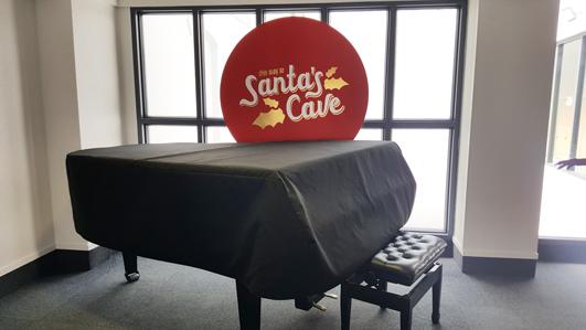 ニュージーランド_パーマストンノース_Santas_cave_01