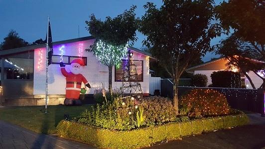 ニュージーランドFeildingのクリスマスライトコンテスト2016-04