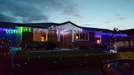 ニュージーランドFeildingのクリスマスライトコンテスト2016-08