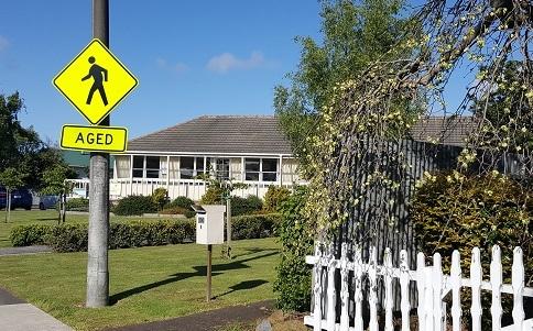お年寄りに優しい町、ニュージーランドのFeilding02
