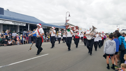 ニュージーランドFeildingのクリスマスパレード2016_01