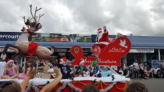 ニュージーランドFeildingのクリスマスパレード2016_17