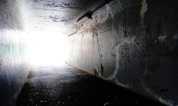 【怖い話】地下水道のトンネル
