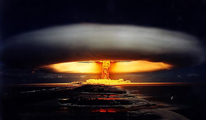古代核戦争説みたいなトンデモ学説教えちくり