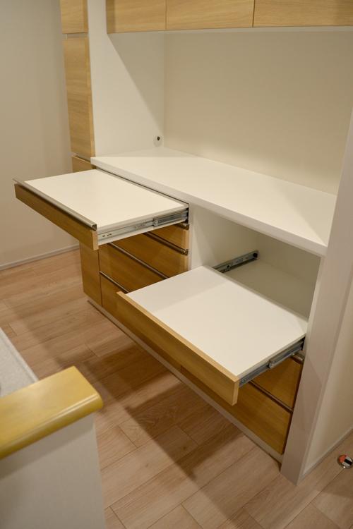 スライド配膳台とスライド収納