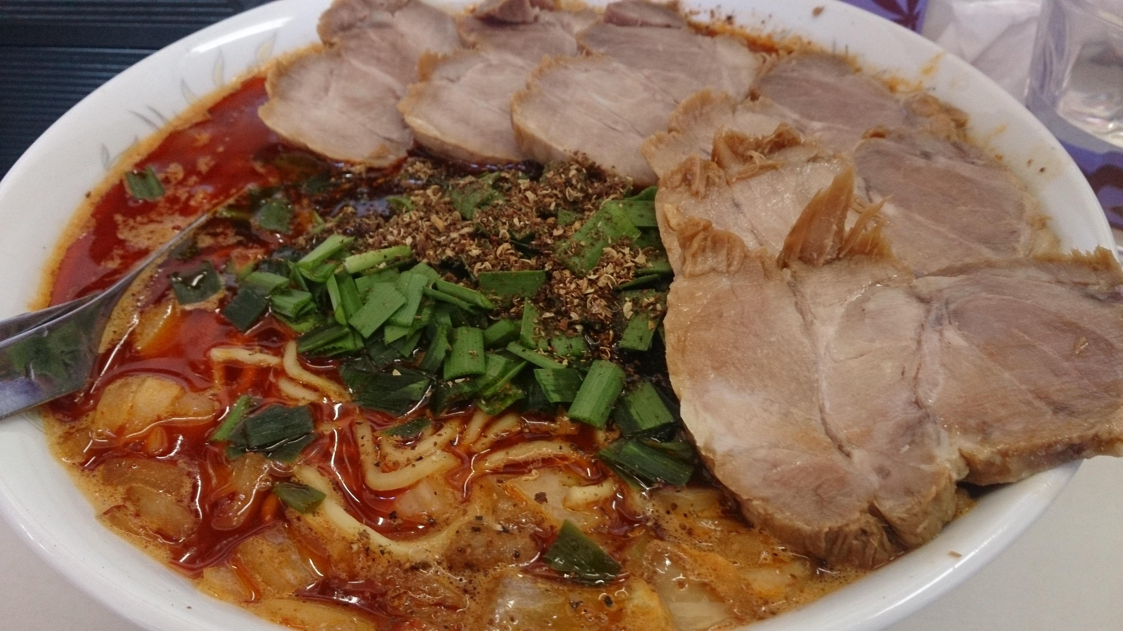 勝浦担々麺