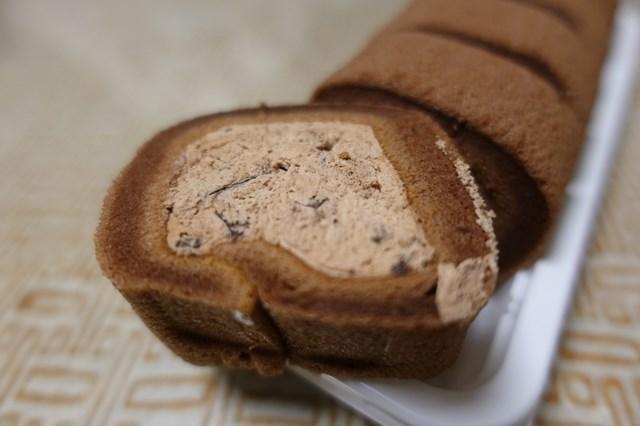 5 レアチーズ入りもっちり生どら焼き&ベルギーチョコ入りもち食感ロールケーキ (6)